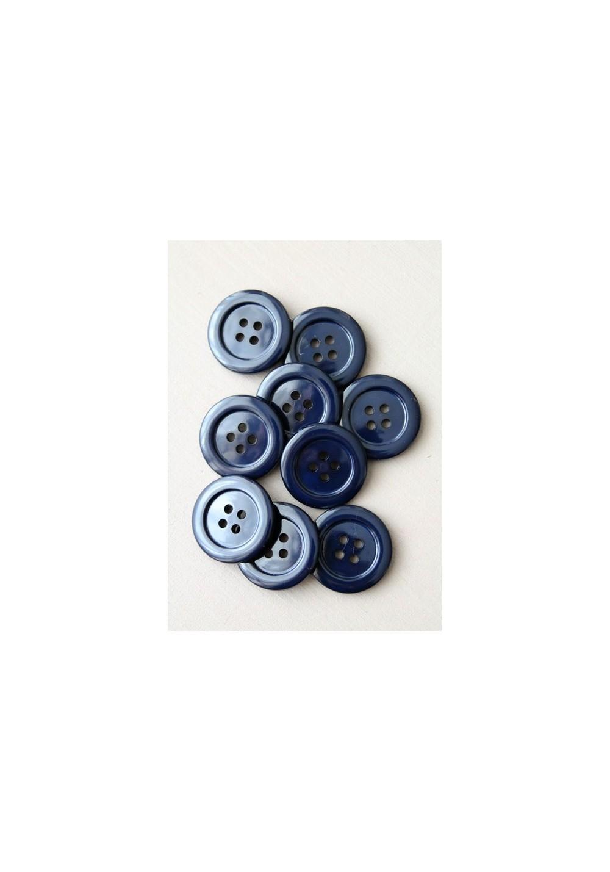 Bouton pour manteau bleu marine