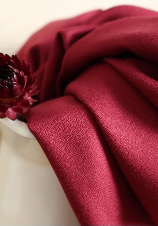Tissu crêpe viscose amarante - Atelier Brunette