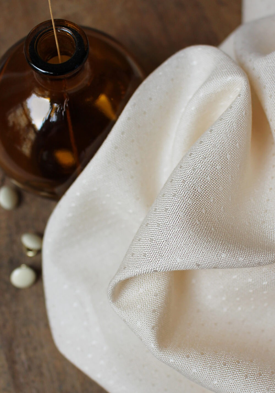 Tissu Viscose Dobby Off-White - Atelier Brunette