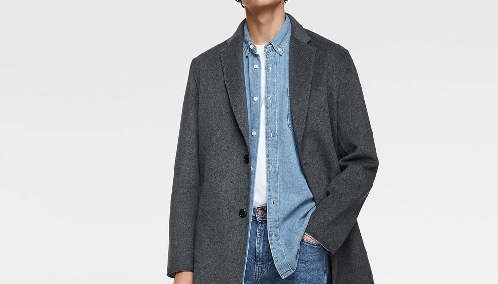 Inspiration d'un modèle de manteau homme en drap de laine gris