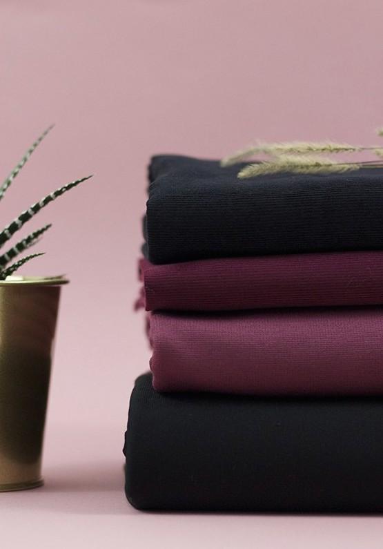 Tissus jersey milano de couleur bordeaux baies écrasées